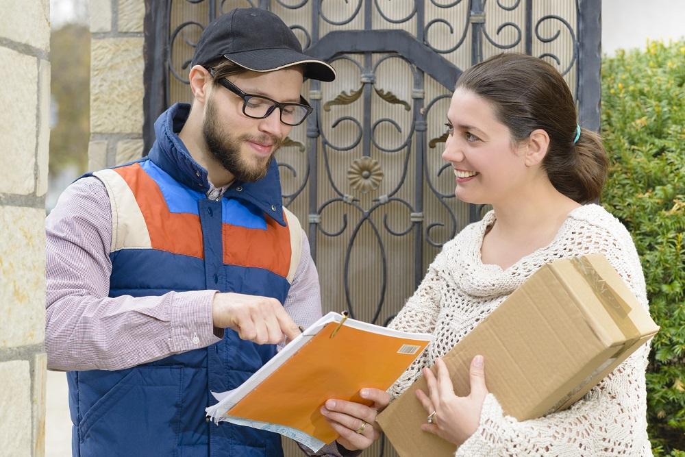 wysyłanie paczki kurierem